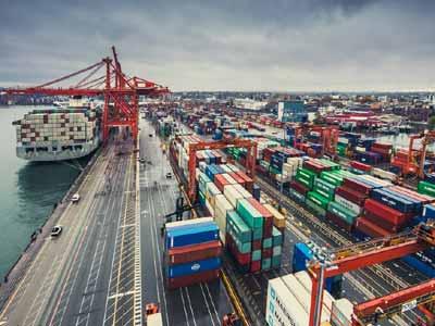 Conveyor belts port